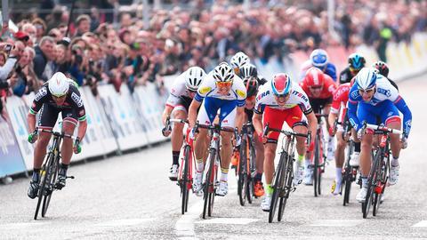 Se Tour de France på TV 2 Sumo